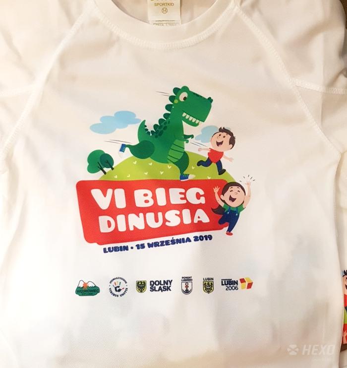 Koszulki sportowe dla dzieci - znakowanie odzieży